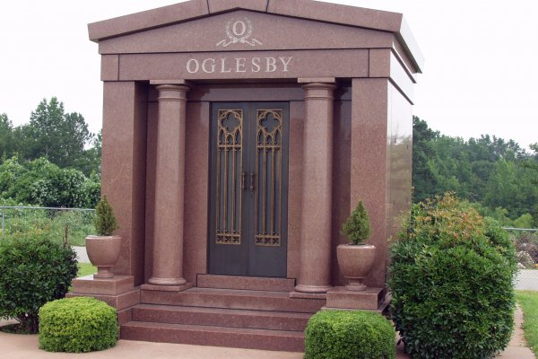 Family Crypt Walk In Greenville Marble Amp Granite